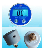 Wholesale Gauge Build in Battery RS232 USB VDC Powered Digital Display Pressure Gauge Manometer G1 atm Brass Port