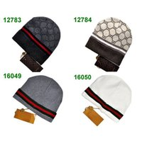 Wholesale Top Quality Italian style famous brand Beanie for women and men Fashion winter hats for adult