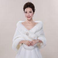 Faux fur jackets Цены-Новый Люкс Обертывания искусственного меха шаль куртка для выпускного вечера венчания белого цвета слоновой кости зимы Теплый Rhinestone невесты Болеро Горячие продажи 2016 года