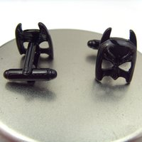 Wholesale DC COMICS Batman Dark Night D Batman Mask Cufflinks Wedding Groom Men Business Shirt Suit Cuff Links