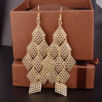 Wholesale Golden American Fashion Charm Dangle Earring Classic Long Hollow Out Party Jewelry Earrings For Women