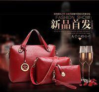 handbags usa - Picture crocodile bag handbag European Women Tote Bags Crocodile Pattern Shoulder Bags Zipper Closure Leather HandBags Set USA