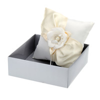 awesome rings - Romantic Wedding Ring Pillow Flower Rhinestone Bead Embedded Awesome Good Wedding Supplies Small and Exquisite Ring Pillow H15884