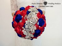 Wholesale European Style Wedding Bouquets Luxury Blue and Red Rhinestone Brooch Flowers Rose Shape Artificial Ribbon Bridal Flowers