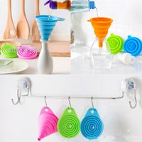 Wholesale New Telescopic Mini Silicone Funnel Kitchen Portable Collapsible Folding Oiler Funnels Long Neck Household Liquid Dispensing