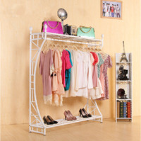 Wholesale The new wrought iron clothes rack clothing store display shelves Hang clothes rack ground hanging clothes display stand