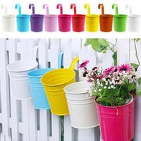 Wholesale Unique Design Iron Hanging Flower Pots Garden Plant Hanging Barrels Pastoral Balcony Decor Multicolors Choose