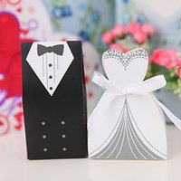 Wholesale Hot Lovely White Wedding Gown and Black Suit Candy Boxes Wedding ceremony Favors Favor holders Gift box Candy Bag pairs