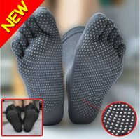 Wholesale New Men s Healthy Care Yoga Sports KARATE NON SLIP GYM Massage Five Fingers Toe Socks Fitness