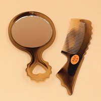 Wholesale J902 tendon makeup mirror comb suit portable plastic handle small mirror with a small comb antistatic