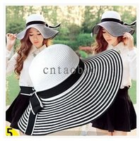 Wholesale 2015 NEW ARRIVAL Black White Bnnet Bowknot women UV protection Beach Straw Big Brim Straw Hat FREESHIPPING