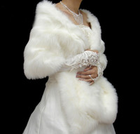 Faux fur jackets Цены-Реальный Изображение Белый / Красный новогодний искусственного меха Люкс Shrug Wrap Cape Украл платок Болеро куртка пальто идеально подходит для свадьбы невеста Bridesmaid