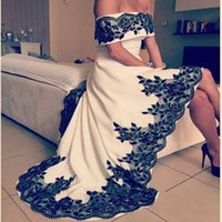 asymmetrical evening gown - Robe de soiree Dubai Arbaic High Low Prom Dresses Sexy Off the Shoulder White and Black Lace Appliques Party Evening Gowns