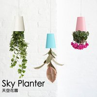 Wholesale Good lattice very genuine Sky Planter sky garden upside down type air pots plastic flowerpot