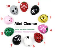 Wholesale Cute Lovely Portable Cartoon Electric Battery Operated Desktop Vacuum Cleaner Mini Dust Cleaner