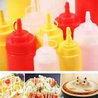 Wholesale Hot Sale Kitchen Squeeze Bottle Condiment Dispenser For Sauce Vinegar Oil ML Kitchen Bottle Spice Jar Random Color JE0083 Salebags