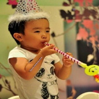 Wholesale smiley queen blowing dragon birthday party Funny funny stall selling children