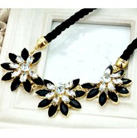 Wholesale New Fashion luxury Collar Necklace Colorful Flower Crystal Statement Necklaces Locket Necklace DH04