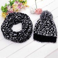 Precio de Mejores bufandas de moda-Venta al por mayor-Libre de Invierno 2015 hizo punto la bufanda y el sombrero juego para las mujeres que hace punto Espesar leopardo casquillos de la manera mejor calidad 18