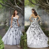 A-Line black and white dress - Chic Strapless Ball Gown A line Court train Organza Bandage White and black Bridal gowns Lace Applique wedding dresses BO7526