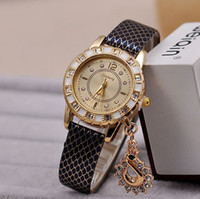 Unisex acrylic crystal watch - Fashion Lady Dress Diamond Watches Luxury Swan Pendant Wristwatches Women Leather Dress watches Crystal hours gold Wristwatch