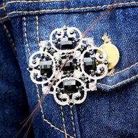 brooch rhinestone - Silver Tone Black Rhinestone Brooch For Women Cross Crystal Brooches Wedding Party Ballgown Wear Jewelry European Luxury J0051