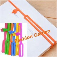 Wholesale 10PCS Bookmark Design for Kids Colors Pointing Finger Bookmark OPP Package Silicone Bookmark
