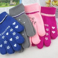 Wholesale 2015 paris Children Winter Cute Geometric Heart Pattern Knitting Warm Gloves Kids Gloves Christmas Gift