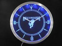 nc0283-b Enregistrement On The Radio Air studio Neon Sign LED Horloge murale