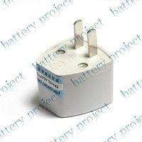 Wholesale New universal EU UK CN AU to US USA travel charger adapter outlet plug converter