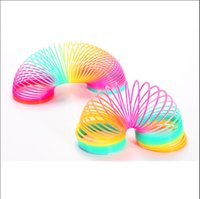 Wholesale Hot Sale New Magic Plastic Rainbow Spring Colorful Circle Toy Slinky Stretchy Rainbow Circle Drop