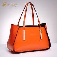 Wholesale European and American fashion casual fashion handbags leather handbag leather messenger bag laptop Handle shoulder diagonal package
