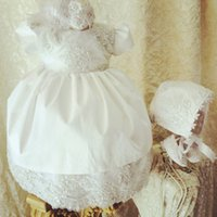 baptism robe - Fashion Lace Appliqued Christening Gowns Lovely Jewel Neckline Short Sleeve Pearls Long Christening Dresses Baptism Robe Baby Dress With Hat