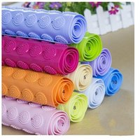 Wholesale New Bath Mats Antislip Massage Mats Colorful Bathroom Pierced PVC Plastic Safe Pad with Suction Cups