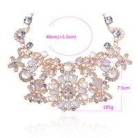 Wholesale Fashion Gem Drill Hollow Out Pendant crystal Necklace Lureme details about Womens Vintage Crystal Beads Choker Bib Statement