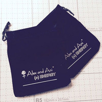 Wholesale Hot cm Jewelry Gift Bags Black Velvet Logo Bags Jewelry Pouches For Gifts Packaging AAB091