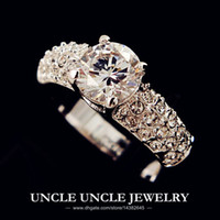 Solitaire Ring class ring - 18K White Gold Plated Sparkly Top Class Zirconia Setting Classic Luxury Lady Wedding Ring Gold Silver krgp