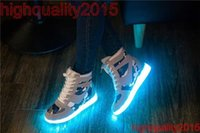 Cheap Hot Sale Autumn and Winter Thicken Velvet LED Light Shoes Men Casual High top Women Girl Winter Sneakers Colorful Luminous Platform Shoes