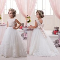 little girls beautiful dresses - Beautiful Cute Flower Girls Dresses With Appliques Ball Gown Tulle Back Bowknot Floor Length Little Girls First Communion Formal Dresses