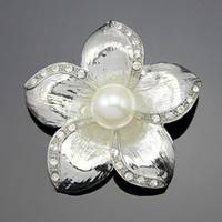 american independent party - Free postage new Korean dress suit brooch badges independent manufacturers pearl brooch flower brooch holding