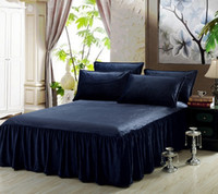 Wholesale Ultra Soft Bedspread Cover Sheet Solid Color Bed Skirt Flannel Comfortable Machine Washable with elastic band to fix