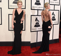 robe longue robe miley cyrus achat en gros de-Miley Cyrus Robes de soirée noire 2016 58e Grammy Awards Cutaway Sides Mermaid Long Celebrity Robes de soirée Red Carpet Robes de bal