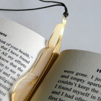 Wholesale Pieces Creative Gold Plated Hollow Animal Feather Bookmarks Book Magazine Accessories Gift For Students Friends