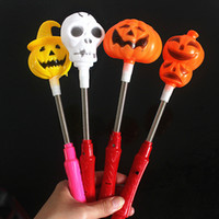 Wholesale Hot style Halloween skull LED Light Sticks Halloween Flash light particles skull lamp glow stick