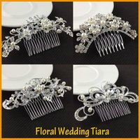Wholesale Beautiful Floral Wedding Tiara Sparkling Silver Plated Austrian Crystal Pearl Bridal Hair Combs Hairpin Jewelry Hair Accessories
