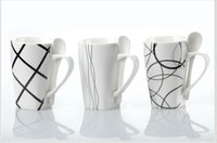 bone china - Large capacity spoon creative ceramic insert new bone china mug cup ceramic cup creative couple cup0011