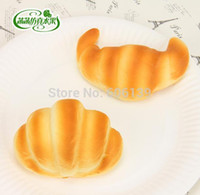 Wholesale High simulation model of bread croissant PU bread cake kitchen home decoration Fridge magnets