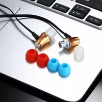 Wholesale 1 Piece mm In ear Metal Stereo Phone Headsets Earphones Headphones Handsfree with Mic for iPhone S S Plus