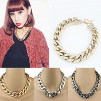 Wholesale Woman Fashion Chunky Necklaces For Women Three Colors Gold Silver Gun black Chain Choker Statement Necklace New Jewelry Christmas Gift