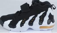 Wholesale DT Max quot Deion Sanders quot GS Boys Cross Training Shoes classic Deion Sanders sneaker Men And Women Running Shoes